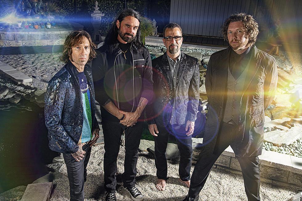 The Apocalypse Blues Revival uvádza do života prvý singel